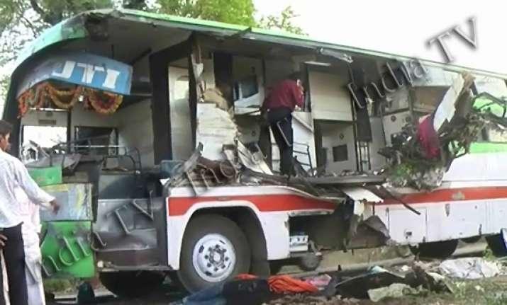 nine killed in bus truck collision in gujarat