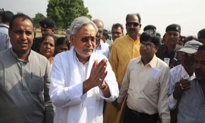 nitish kumar sets up bihar migrant resource centre in