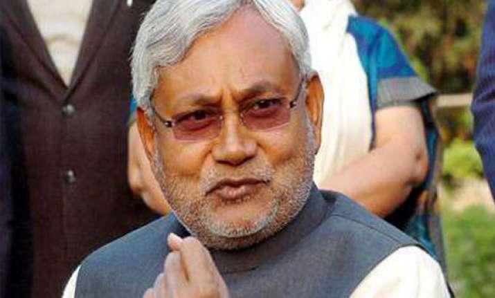 nitish announces rs 10 lakh compensation for slain soldiers