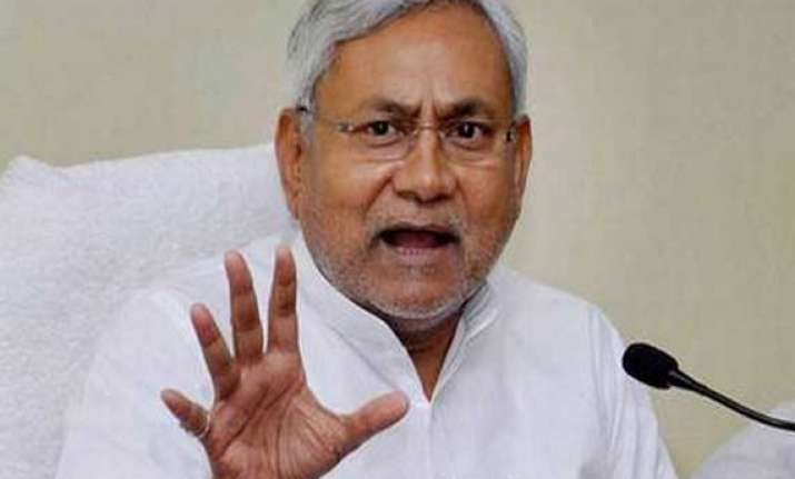 nitish holds satyagraha calls special status a prestige