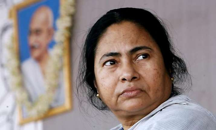 no division of west bengal mamata
