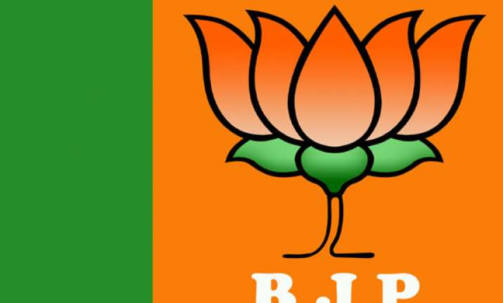 no emissary sent to geelani to discuss kashmir issue bjp