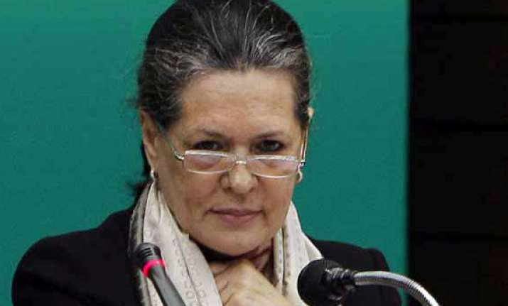 no difference between congress and govt says sonia gandhi