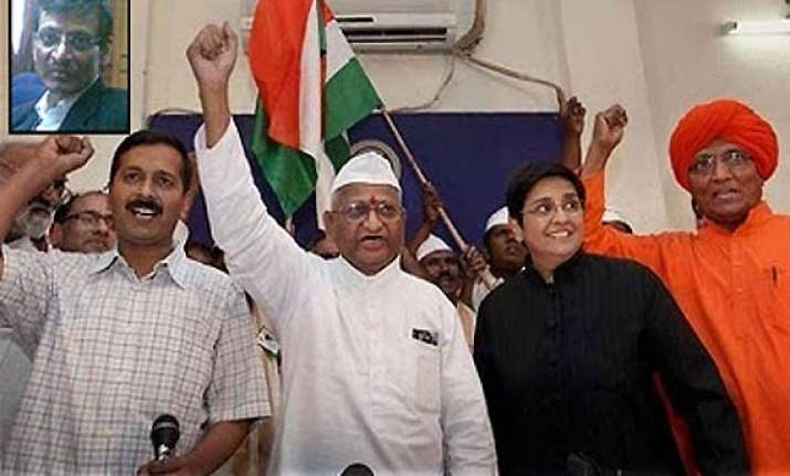 no intention to quit lokpal panel says hazare team