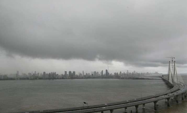 india withdraws tsunami warning