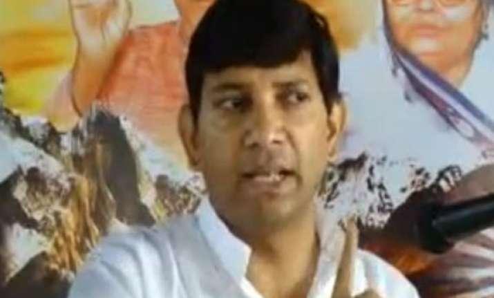 non bailable warrant issued against senior bihar ias