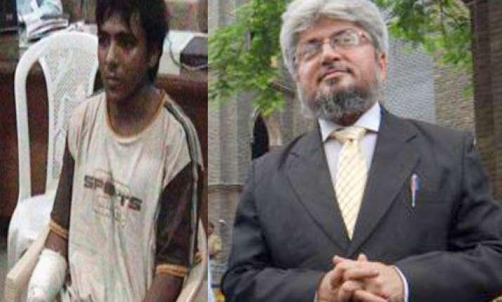 nonchalant kasab grins as high court delivers death sentence