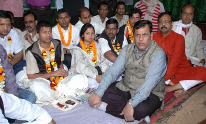 odisha congress mp pradip majhi calls off hunger strike