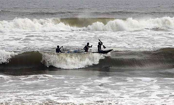odisha braces for cyclone phailin as it gains strength