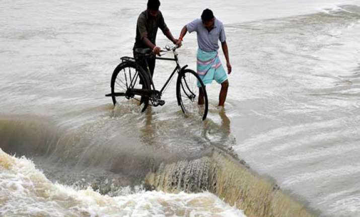 odisha flood situation improves slightly toll 19