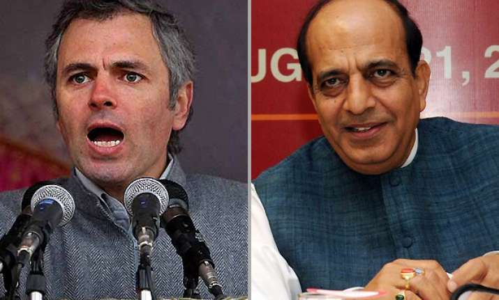 omar abdullah supports trivedi on rail fare hike