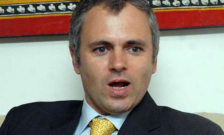 omar hits out at bjp for accusing pak for mumbai blasts