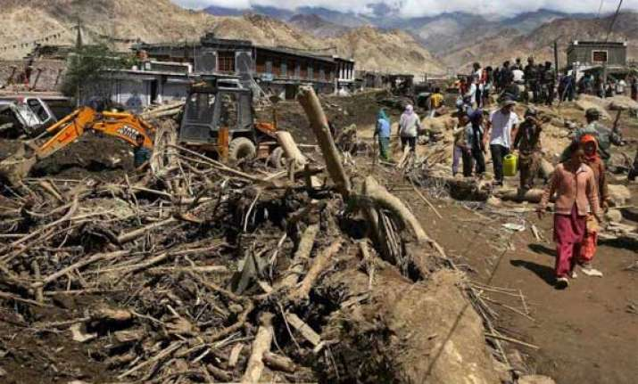 one killed four injured in leh blast