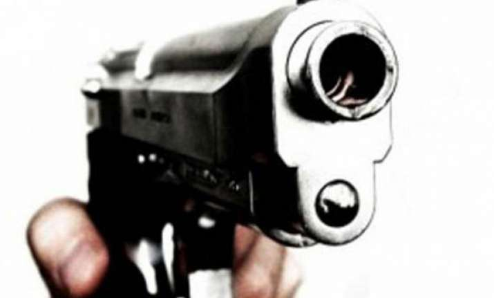 one man shot dead tension prevails in baghpat village
