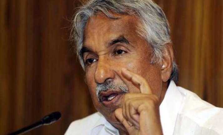 oommen chandy to finalise cabinet rejig in delhi