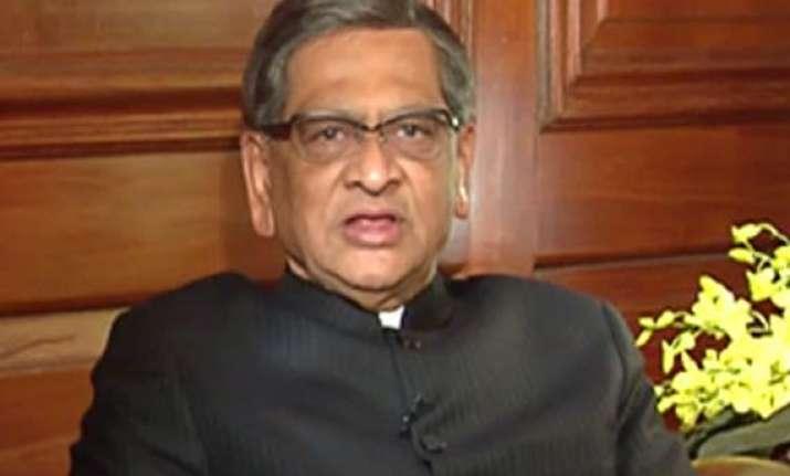 opposition now demands s m krishna to resign
