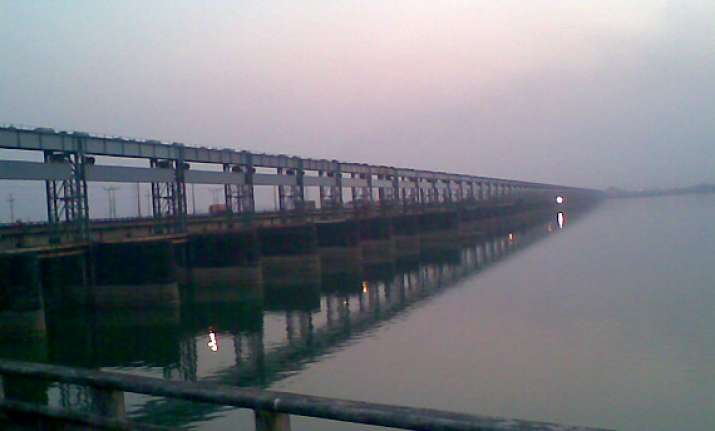outflow has reduced farakka water level