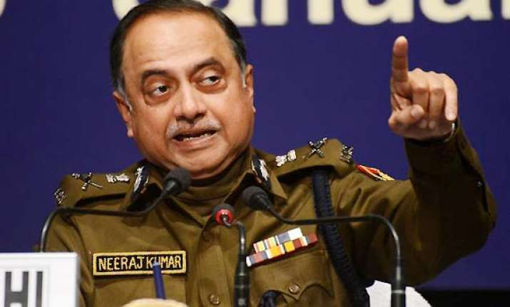 outgoing delhi police commissioner threatens to reveal