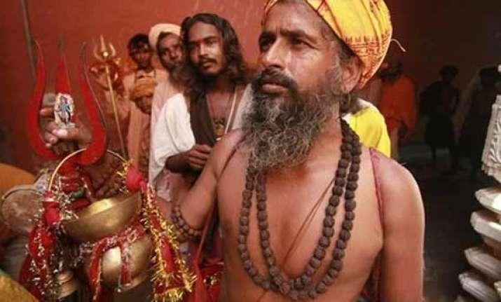 over 600 amarnath pilgrims court arrest