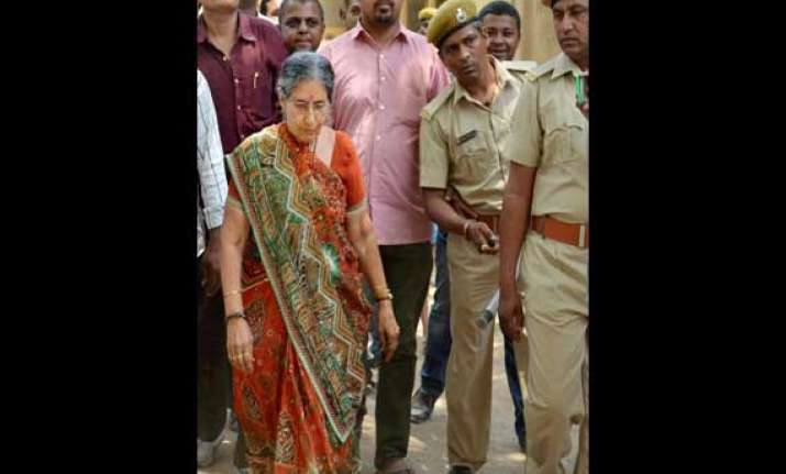 pm modi s wife jashodaben gets police protection
