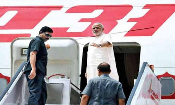 no threat to pm s aircraft aviation minister