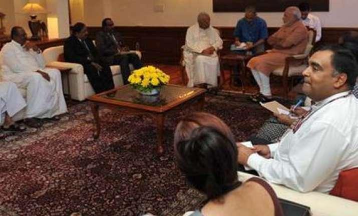 pm narendra modi meets tamil national alliance delegation