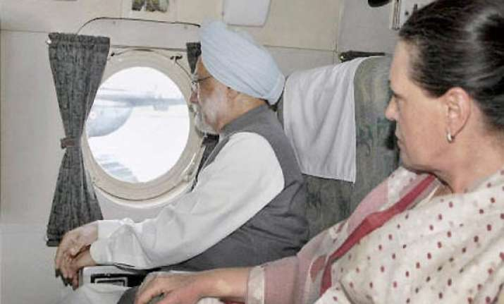 pm announces rs 1000cr disaster relief for uttarakhand