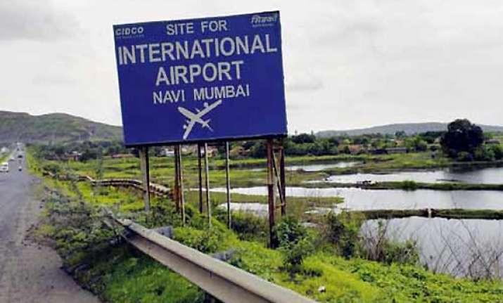 pm to hold meeting on navi mumbai airport on nov 13