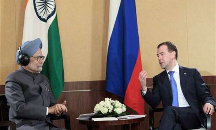 pm medvedev discuss nuke safety reviews