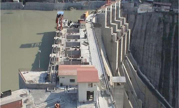 pak indus commission inspects hydro projects in kashmir