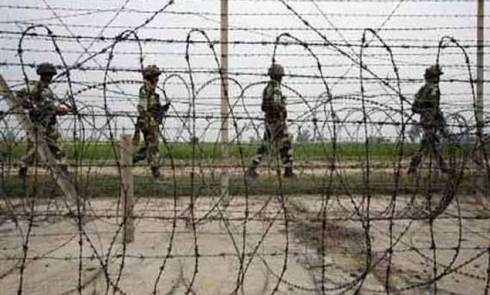 pak troops fire at indian posts in rs pura