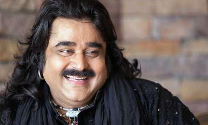 pakistan sufi sensation arif lohar mesmerizes indian