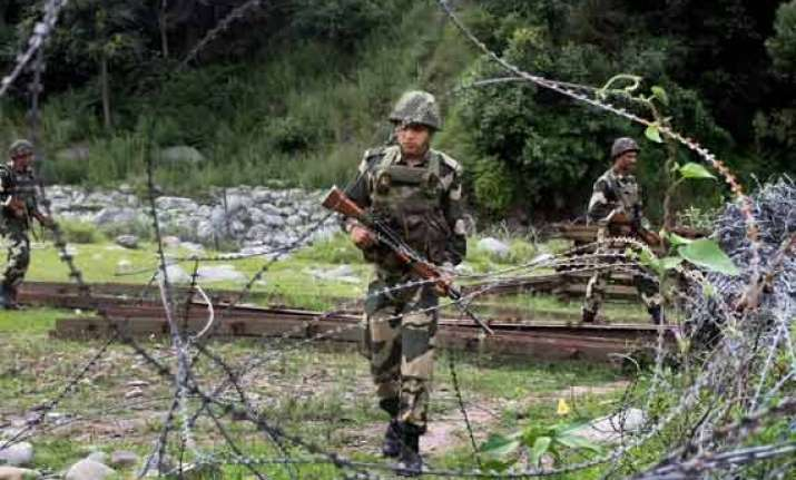 pakistan continues to violate ceasefire along loc 2