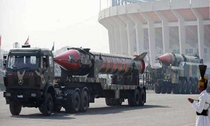 pakistan moves ahead of india in nuclear stockpile
