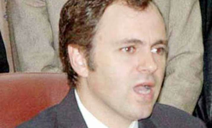 pakistan needs to talk to mainstream j k leaders omar