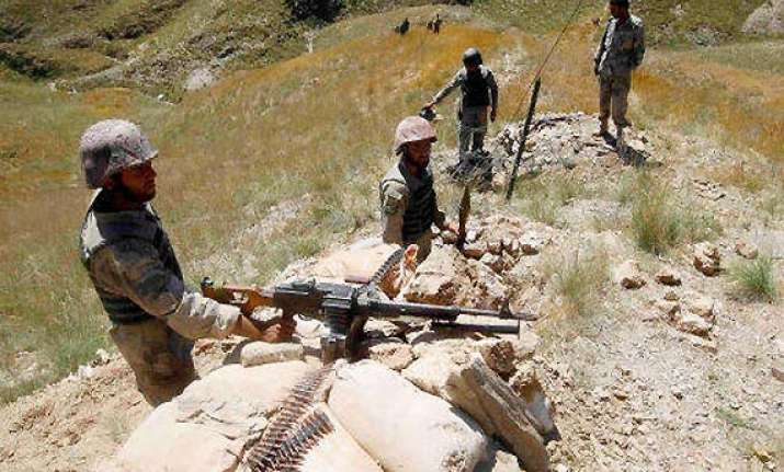 pakistani troops violate ceasefire again fire at indian