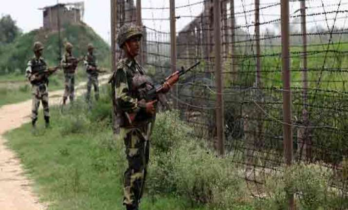 pakistani troops again fire at indian post in jammu