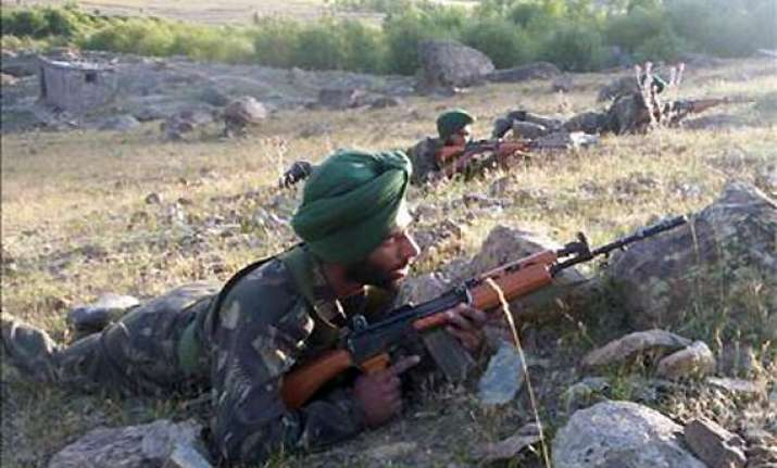 pakistani troops fire at indian posts in poonch