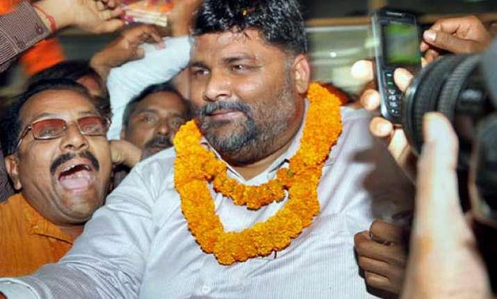 pappu yadav continues fast to support hazare