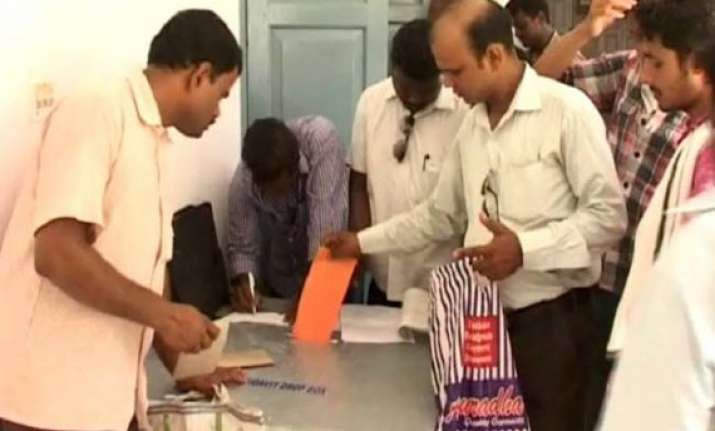 patra commission receives 40 000 affidavits