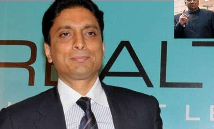 pawar denies links with db realty s shahid balwa