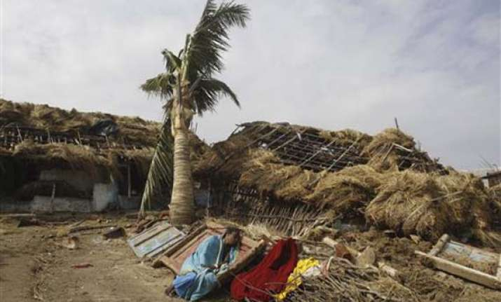 phailin weakens further takes shape of deep depression