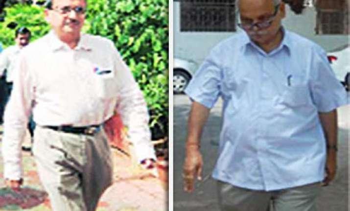 phatak tiwari get bail in adarsh scam