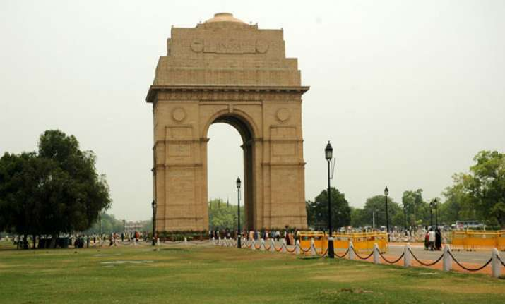 pleasant morning in delhi partly cloudy day ahead