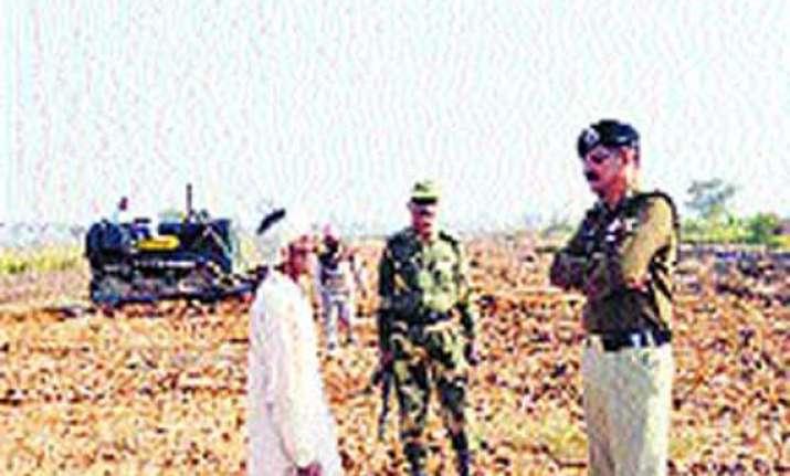 pok pak refugees have occupied 5 808 acres of land in j k