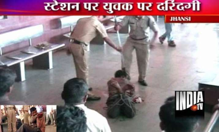 police grp bash up mentally unstable youth in jhansi
