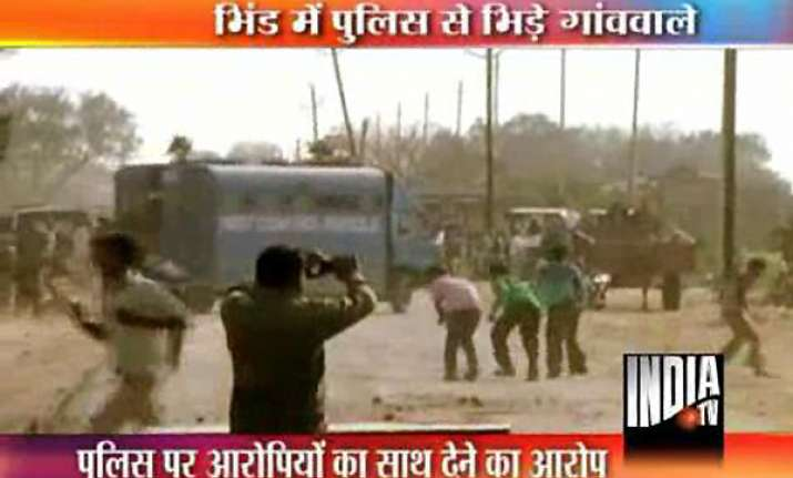 police public clash in bhind after infant s murder