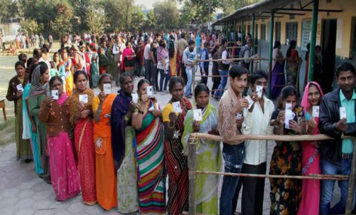 35 percent polling till noon in telangana s first polls