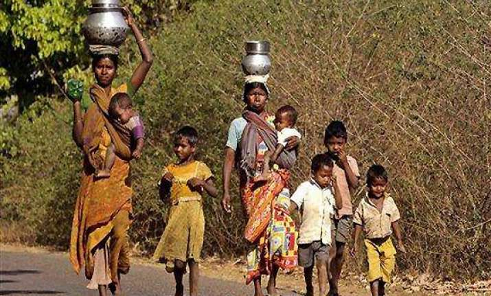 poverty declines to 21.9 pc in india