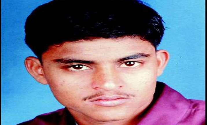 prajapati encounter cbi examines bjp general secretary in